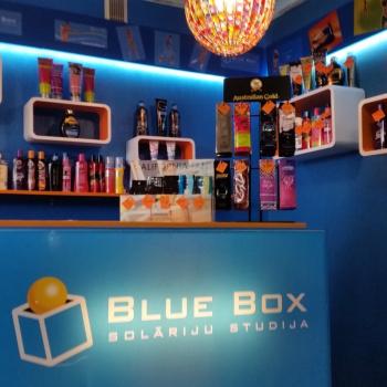 BLUE BOX AIZKRAUKLE